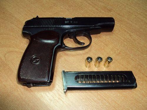 Дозвіл на зброю адвокатам